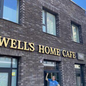 Вывеска для ресторана WELLS HOME CAFE